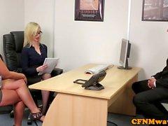 Euro CFNM госпожа неопытный петух в офис