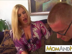 MILF cum on glasses Darryl Hanah