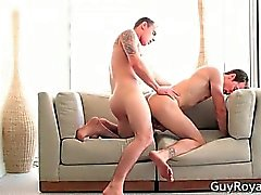 Crosse baise de persuasion de Ty Tucker et de Kyle part2
