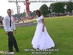 Грубое анальный ебля на свадьбе оргия