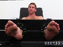 bonecas de sexo gay filmes Connor Maguire empurrou & Tickle d
