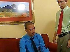 gay porno los pies control de la respiración de Wade de Westin no quiere que su practicante
