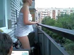 latika32 удовольствие на балкон