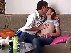 Nach Küssen bei hübscher Bursche