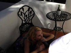 Aaliyah Love ебет большой черный петух перед свадьбой