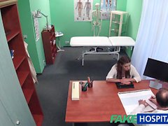 FakeHospital dottore prescrive il trattamento dello sperma