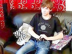 Nude kahverengi haired Cevap emo erkek çocuk Ethan'ın Beyaz gets Gey porno film teens
