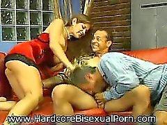 Бисексуалов и Bimbos !
