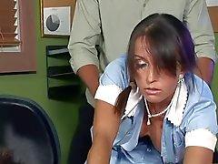 sirvienta maduros intenta mantener su trabajo! f70