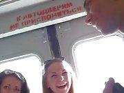 Russische College babes im Wald fingerfucked