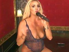 Dannii Harwood 2015-09-03 (2)