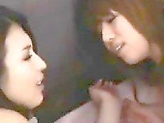 Japanische Lesbisch trug Strumpfhosen