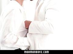 MormonBoyz - мормоны Steamy Секс в Тайной комнате
