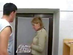 Mature Mom Sohnes Geschlechts in Toiletten