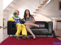 Esquisito buceta Milf britânico fodido por clown