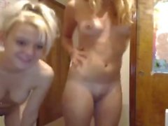 Two gorgeous girl have fun together on cam