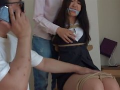 jp bojor flicka polis Ayane 1