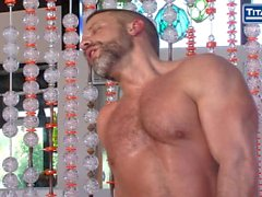 Muscle Men Dirk Caber and Hunter Marx Flip Fuck