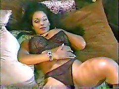 Нине Mercedez (мексиканский американский) & Эрик Masterson (американский)
