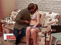 Maldito salvaje con los del perno prisionero de maduros