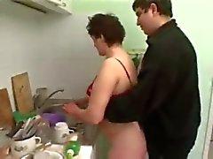 paffuta due fottuta in cucina