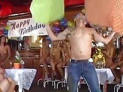 ragazze brasiliane festa orgia