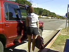 L'étudiante le talonneur ramassa dans la rue et baisée