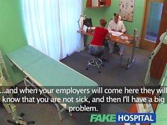 FakeHospital Sexy pelirroja hará cualquier cosa por una nota enferma para bajarse del trabajo