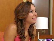Абби дорог Àka ISA Mendez в ее первое хардкора порно видео-