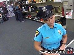 Koca dick tranny mastürbasyon Bayan Polis Memur