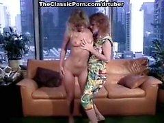 Колин Бреннан, Джэми Summers Бак Адамс выполнен в классическом порнографии