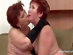 Nasty orgy with mature babes licking pussies and sucking dick