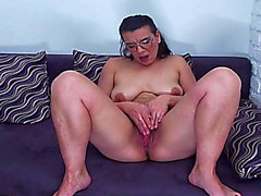 Vianne Is A Older Euro Whore HD Porn Vids