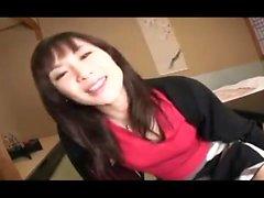 Olio di adolescente giapponese diteggiatura figa stretta