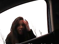 Adolescenti Stranded di Gina Devine ha sbattuto e il jizzed nel backseat