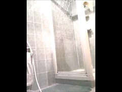 Maman sous la ducha