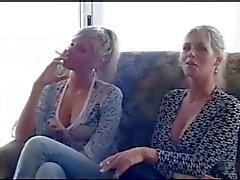 2 sigara kızlar