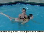 Nicole rayos y Bella Col chicas lesbianas independientes de que tienen orgía de los tres