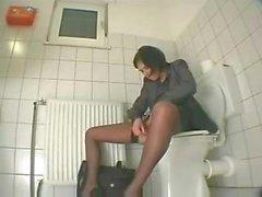 Toimisto tyttö itsetyydytys wc