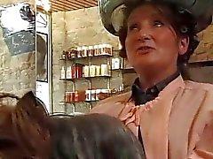 Angela Tiger - Venus zu Coiffure