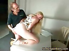 Busty blond MILF FINGRANDE hennes fitta part5