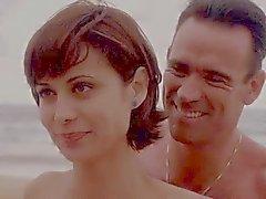 Catherine Bell JAG S05 E15 Azul Bikini