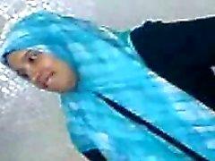 árabe adolescente