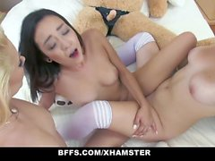 BFFS - Hot Teens Hump Bear
