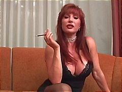Vanessa madura fumar e foda