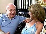 Täyttävän vaimonsa fantasian ( BBC ryhmäseksistä & Lesbo )
