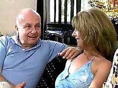 La satisfaction de épouse de la fantaisie ( de la BBC gangbang & Lesbian )