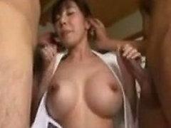 sexy busen alte milf asiatisch