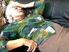 La abuela a Norma llama el doctor chocolate de