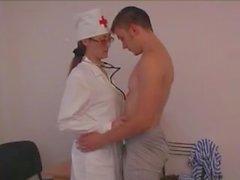 Venäläinen kypsien hoitajalle Milan